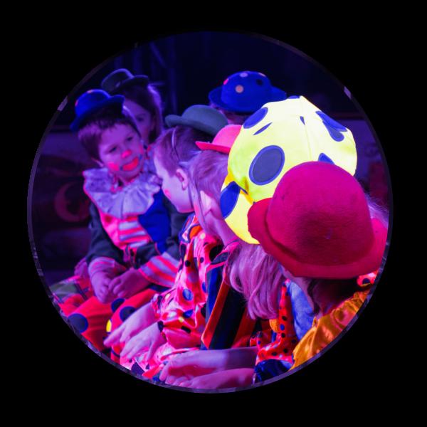 laluna-2018-clowns1200